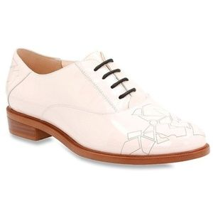 Clarks Taylor Beauty Lace Up Patent Leather Oxford